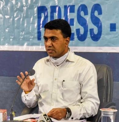 कामचुकार कर्मचार्यांना घरचा रस्ता : मुख्यमंत्री